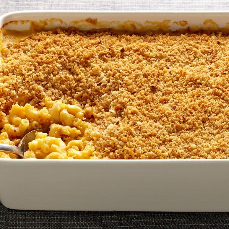 La imagen puede contener comida Pasta Macarrones con pan
