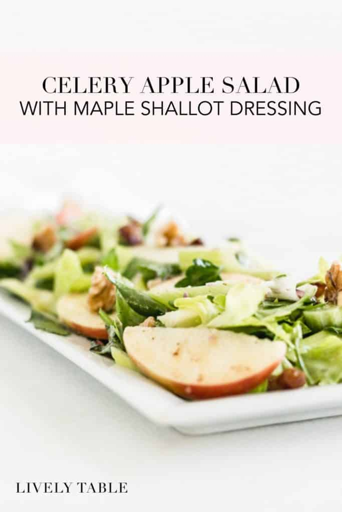 imagen de pinterest de ensalada de apio y manzana con aderezo de chalota de arce