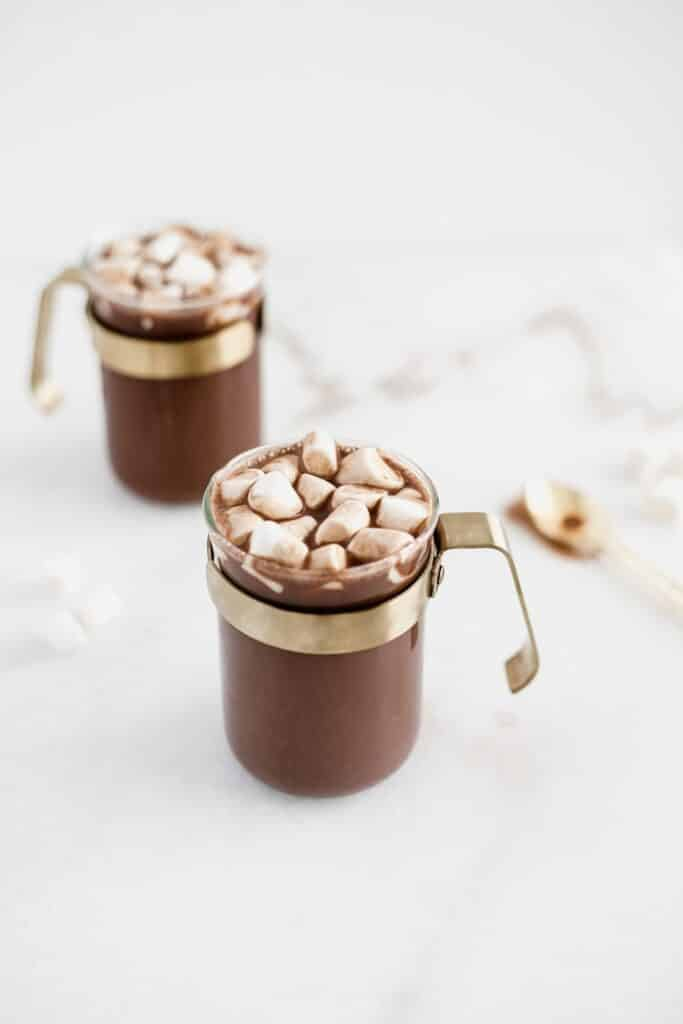 CHOCOLATE CALIENTE DE COCO