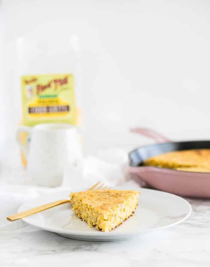 pan de maíz sin gluten elaborado con polenta y sin goma xantana